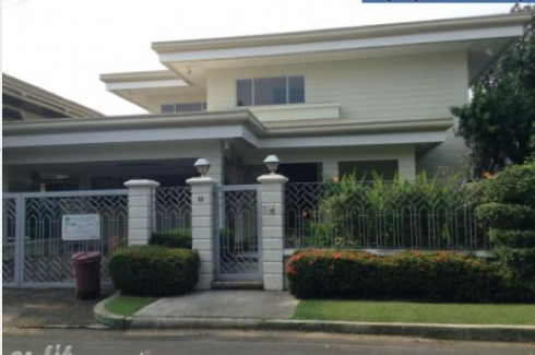 House for Rent and sale in San Lorenzo Village Makati