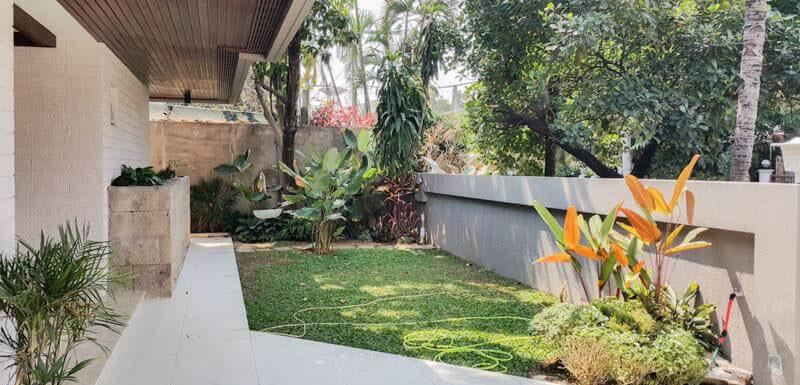 San Lorenzo Village 4 Bedroom Luxury House for Rent. House for Rent and sale in San Lorenzo Village Makati